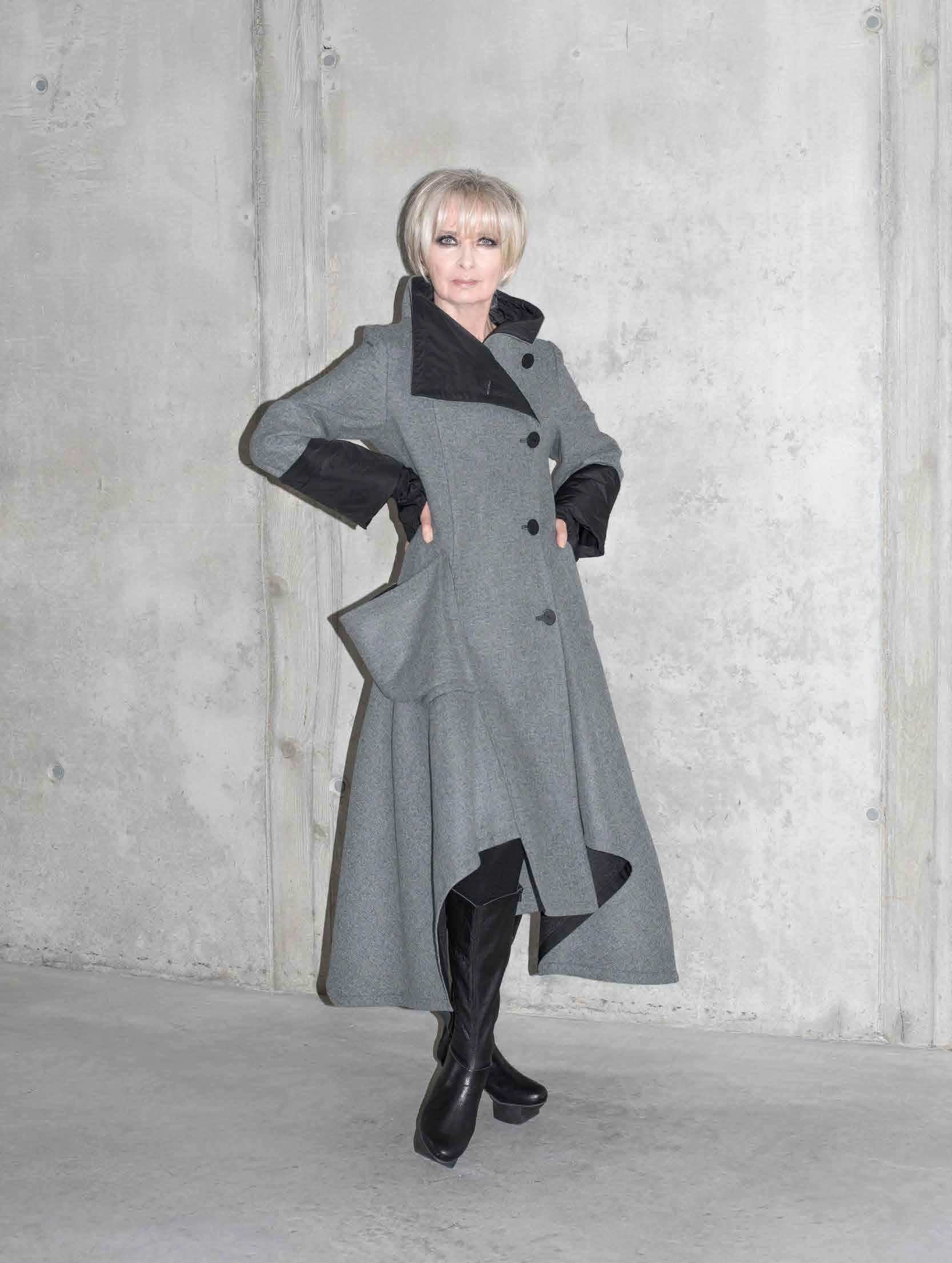 Пальто Xenia Design. Чöрная икра г. Пенза